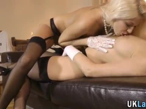 Stockings brit licks cunt